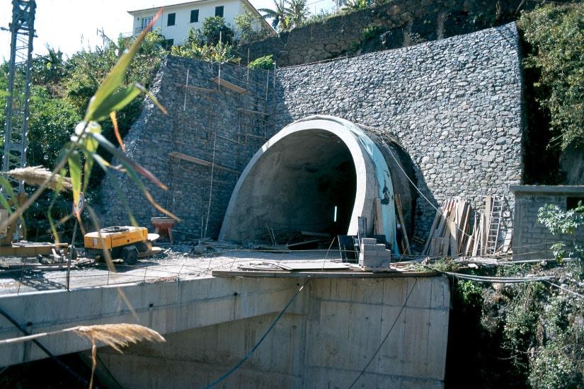 Tunnel de Ponta do Sol, Madeira